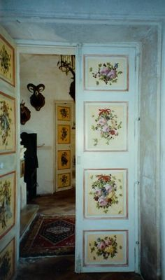 painted door panels - I wish I knew someone talented enough to do this. It would look great on our doors.