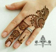 Simple Henna Designs Paradise Another Design From Yesterday Mehendi - mehndi - Henna Designs Hand Henna Hand Designs, Easy Mehndi Designs, Latest Mehndi Designs, Mehndi Designs Finger, Henna Tattoo Designs Simple, Mehndi Design Photos, Mehndi Designs For Fingers, Beautiful Henna Designs, Bridal Mehndi Designs