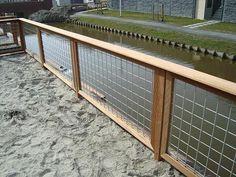 Afbeeldingsresultaat voor houten tuinhek met gaas