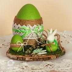 Burlap Crafts, Decor Crafts, Easy Crafts To Make, Diy And Crafts, Christmas Crafts For Kids, Easter Crafts, Disney Diy Crafts, Decoration Vitrine, Easter Wallpaper