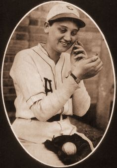 She was just 17 years old when she signed on to pitch for a minor league team called the Chattanooga Lookouts in 1929. Her first performance as a pitcher was an exhibition game against the mighty New York Yankees, with two of the greatest players of all time, Babe Ruth and Lou Gehrig. The rest of this story is baseball history. . .read all about it in my blog today! https://stargazermercantile.com/jackie-mitchell-a-whole-new-ballgame/  #baseball   #history   #women   #sports