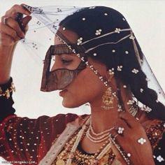 Iran - donna Bandari