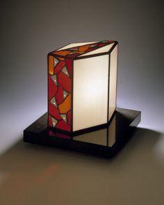 ステンドグラス小口研治のスタイル テーブルランプ