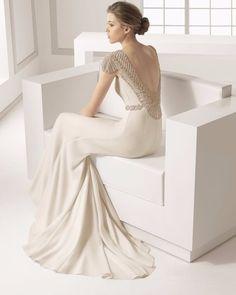Costas abertas para o vestido de noiva