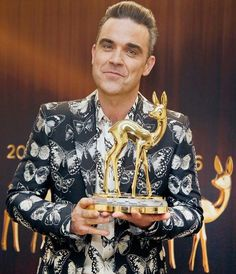 Robbie Williams, Bae, Take That, Singer, Fancy, Instagram Posts, Mens Tops, Wallpapers, Fashion