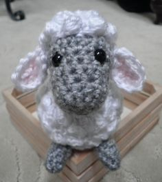 Cute & Crafty Creations: Crochet Sheep