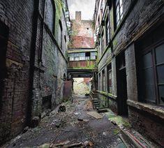 this isn't happiness™ (Life in Ruins, Matt Emmett), Peteski