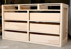 Learn how to build a DIY dresser with this in-depth tutorial and free design plans by Jen Woodhouse of The House of Wood. design How to Build a DIY Dresser Dresser In Closet, Built In Dresser, Large Dresser, Bedroom Dressers, Large Drawers, Baby Dresser, Diy Bedroom, Diy Dresser Plans, Diy Furniture Plans