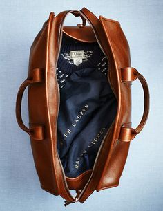 I love a weekender bag. And I love anything Ralph Lauren Best Travel Accessories, Fashion Accessories, Leather Accessories, Ralph Lauren, Fashion Moda, Men's Fashion, Street Fashion, Fashion Bags, Fashion Backpack