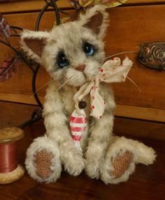 Jasper the mohair cat by Paula Drage of The Artful Fox