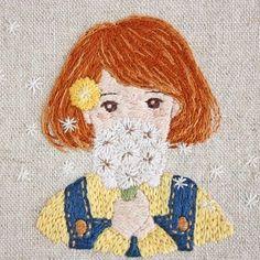 * . Dandelion . . #刺繍#手刺繍#ステッチ#手芸#embroidery#handembroidery#stitching#needlework#자수#broderie#bordado#вишивка#stickerei