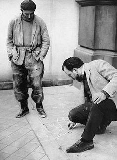 Alberto Greco Vivo-Dito, Madrid, 1963 fotografía de la acción Colección privada