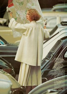 Vogue Italia, March 1975. Twiggy, Vintage 70s, Fashion Photography, Archive, Vogue, Daisy, March, Clothes, Nice