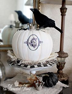 Halloween Decorating : Annie Sloan Chalk Paint Pumpkin with Monogram :: The Decorated House