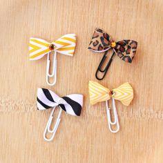 morena's corner: Ribbon Bookmark DIY and a Dollar Tree Gift Card Giveaway Diy Arts And Crafts, Cute Crafts, Creative Crafts, Crafts To Sell, Crafts For Kids, Diy Crafts, Upcycled Crafts, Diy Bookmarks, Ribbon Bookmarks