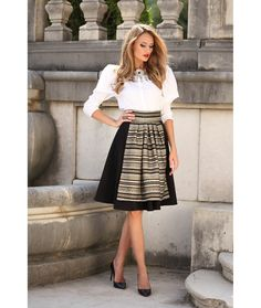 Fusta semiclos cu oprege - Eleganta Women's Fashion, Fashion Outfits, Folklore, Midi Skirt, Traditional, My Style, Skirts, Beauty, Vintage