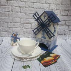 Tea house, wooden tea box, Holland Windmill, tea bags holder, decoupage, tea container, kitchen décor, Holland souvenir, unique gift