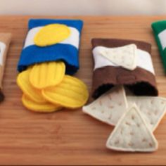 Felt Food Fish and Chips Felt Play Food Set, Plush Toys for Pretend Play, Perfect for Play Kitchen!Felt Food Fish and Chips Felt Play Food Set Plush Toys for Felt Diy, Felt Crafts, Diy For Kids, Crafts For Kids, Fish Crackers, Felt Food Patterns, Pretend Food, Pretend Play, Felt Play Food