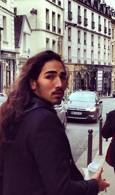 Willy Cartier, don't look back! | @franciscosoriano Dec 2012