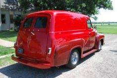 Great Ford, F-100 Panel, looks incredible, not an original color but still looks good, A+