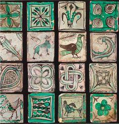 Piastrelle decorate Pregnancy l pregnancy loss Fall Pumpkin Crafts, Fall Crafts, Antique Tiles, Vintage Tile, Tile Art, Mosaic Art, Ceramic Pottery, Ceramic Art, Clay Art Projects