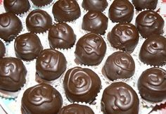 Chocolate Delight, Chocolate Sweets, Chocolate Gifts, Chocolate Truffles, Chocolate Recipes, Chocolate Covered Cherries, Chocolate Cherry, Mousse, Treats