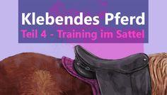 Klebende Pferde Training im Sattel