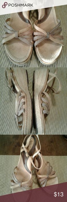 Clarks Artisan collection Pretty Clarks sandals,good condition size 7M Clarks Shoes Sandals
