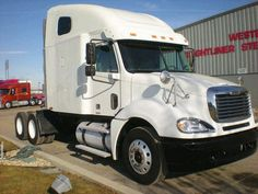 USED 2006 FREIGHTLINER Tractor CL12064S - for sale #truck
