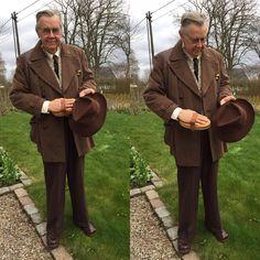 Borsalino care #menwithstyle #welldressed #welldressedmen #dandy #vintage #vintagefashion #vintagemannen #dapper #dappermen #secondhandfashion #vintagejacket #vintagetrousers #borsalino #1950s #50s #50sfashion #ryktborste