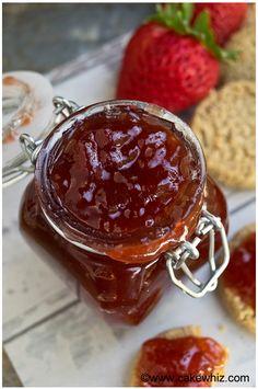 Easy homemade strawberry jam - Cakewhiz