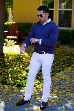 Look of the Day – Purple long sleeve and White Jeans | Marcos Silva Fitness