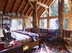 Buffy Birrittella's Sundance, Utah home featured in Elle Decor Rustic French Country, Home On The Range, Western Homes, Rustic Homes, Rustic Cabins, Cabins And Cottages, Cabins In The Woods, The Ranch, Elle Decor