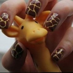 Giraffe Nails - I wanna do this... do I have brown nail polish?