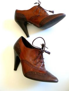 Je viens de mettre en vente cet article  : Bottines & low boots à talons Minelli 60,00 € http://www.videdressing.com/bottines-low-boots-a-talons/minelli/p-5321165.html?utm_source=pinterest&utm_medium=pinterest_share&utm_campaign=FR_Femme_Chaussures_Bottines+%26+low+boots_5321165_pinterest_share