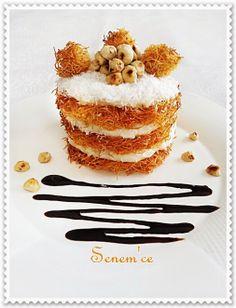 Kaymaklı Mini Kadayıf..Güzel Görünüyor.. Turkish Recipes, Ethnic Recipes, Turkish Sweets, Panna Cotta, Deserts, Breakfast, Cake, Food, Drink