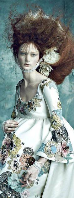 ❀ Flower Maiden Fantasy ❀ beautiful art fashion photography of women and flowers - #inspiration #decorados #bordados #artisan #artesanal #Textiles #textures #FocusTextil #modagestante #pregnat