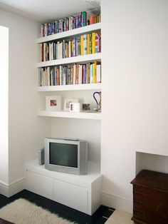 The Notebook: Alcove shelving Alcove Tv Unit, Alcove Bookshelves, Alcove Storage, Alcove Shelving, Fireplace Shelves, Shelving Units, Shelving Ideas, Bookcases, Living Room Shelves