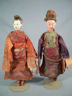 I have some dolls like these that belonged to my grandmother. Antique Dolls, Vintage Dolls, Chinese Opera, Old Photography, Chinese Ceramics, Dolls Dolls, Childhood Toys, Asian Art, Beautiful Dolls