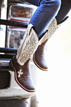 5 COWGIRLS BOOT FOR WOMENS