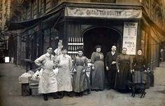 """en 1907 à l'angle des rues Clignancourt-Ornano, commerce devenu la brasserie """"l'Ornano"""""""