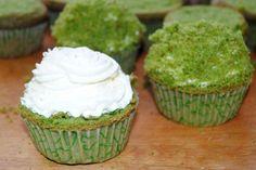 Wielkanocne muffinki Desserts, Food, Tailgate Desserts, Deserts, Essen, Postres, Meals, Dessert, Yemek
