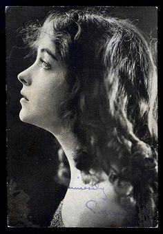 Lillian Diana Gish (October 14, 1893 – February 27, 1993 was an American stage, screen and television actress, director and writer whose film acting career spanned 75 years, from 1912 to 1987.