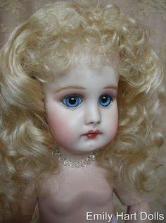 Belton Linda - Emily Hart Dolls