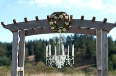 Like the archway but no wreath and chandelier