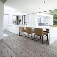 White minimalism instagram @curateando www.curateandco.co.uk