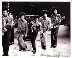 Rehearsing Lookin' Through the Windows 1972 for American Bandstand Jackson Family, Jackson 5, Michael Jackson, Berry Gordy, American Bandstand, Name Pictures, The Jacksons, Billboard Hot 100, Soul Music