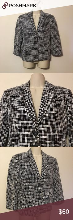 MICHAEL Michael Kors Black and White Blazer MICHAEL Michael Kors Black and White Blazer. 3/4 Sleeves MICHAEL Michael Kors Jackets & Coats Blazers