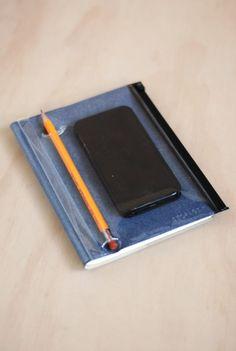 MARK'S INC - STORAGE.IT NOTEBOOK - GRID AND RULED - MEDIUM (18 X 13CM) - SOFT COVER - DENIM BLUE