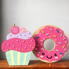 Donut Birthday Parties, Donut Party, Diy Birthday, Birthday Cards, Diy For Kids, Crafts For Kids, Arts And Crafts, Foam Crafts, Paper Crafts